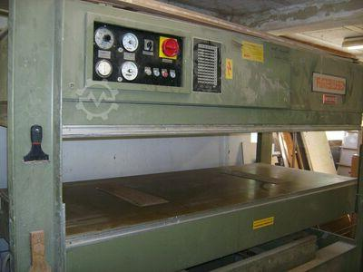 <b>GEWEMA</b> P 85 Hot-Platen Press